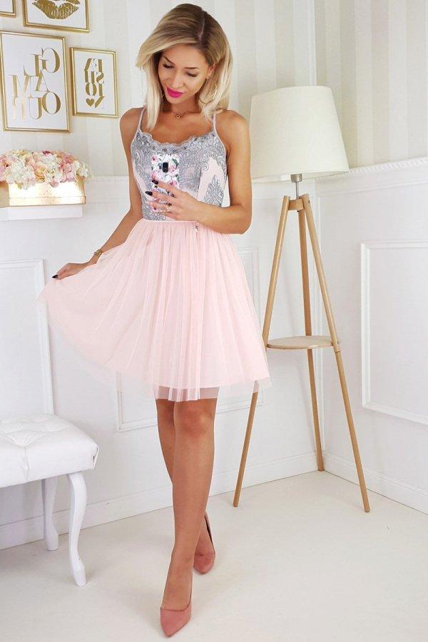 Koronkowa sukienka z tiulowym dołem 2186-33-1
