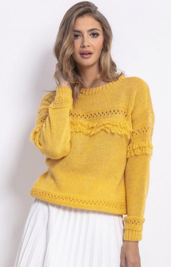 Sweter oversize z frędzlami musztardowy F745