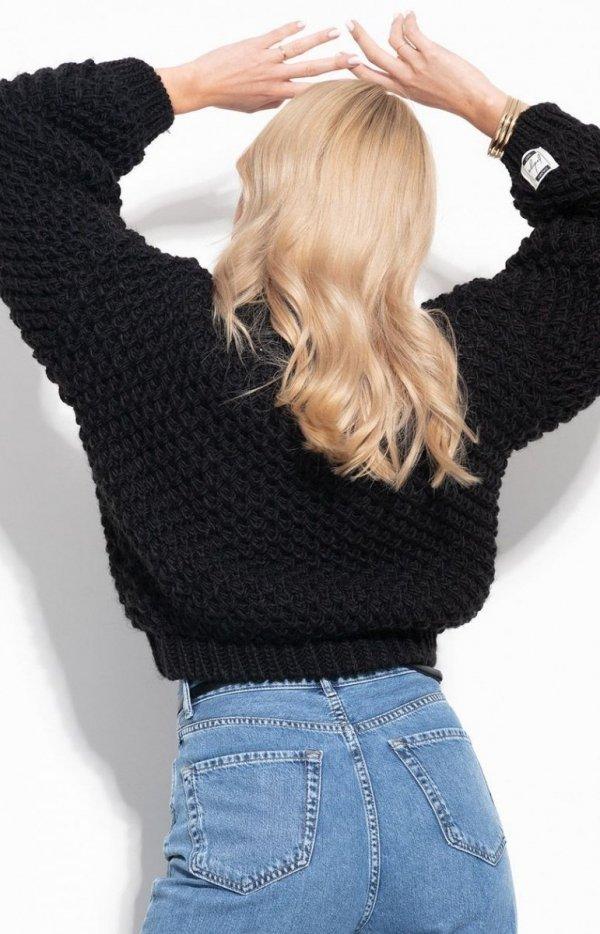 Ciepły gruby sweter damski czarny F1135 tył