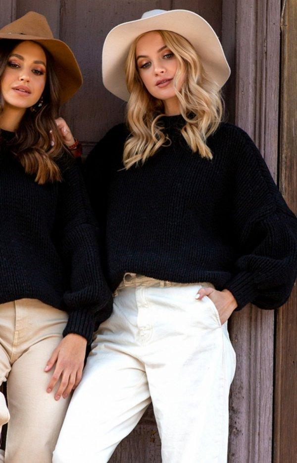 Oversizowy sweter z kaszmirem czarny F1110