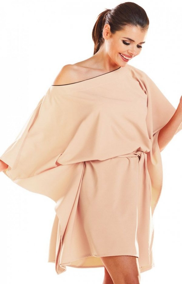 Kimonowa beżowa sukienka M196