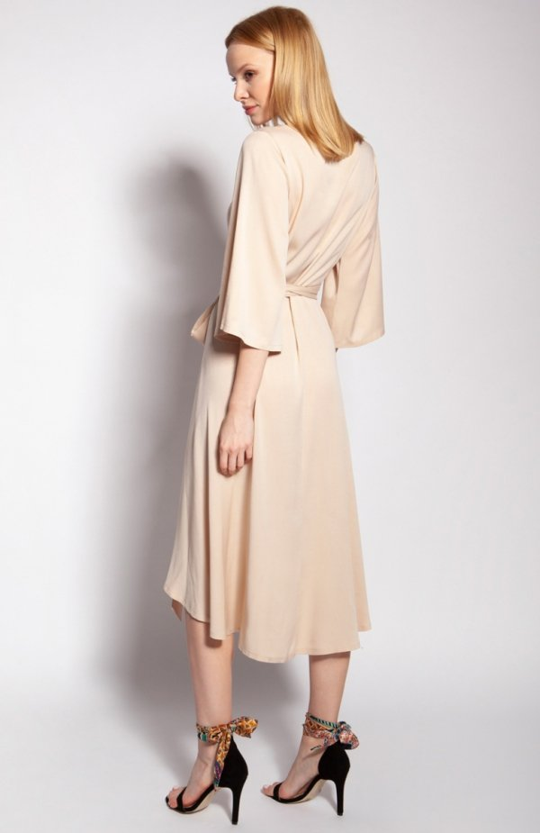 Sukienka kopertowa beżowa SUK185 tył