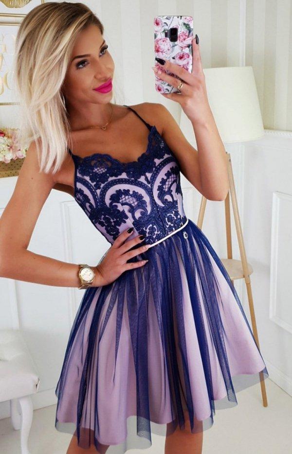 Koronkowa sukienka z tiulowym dołem 2186-11