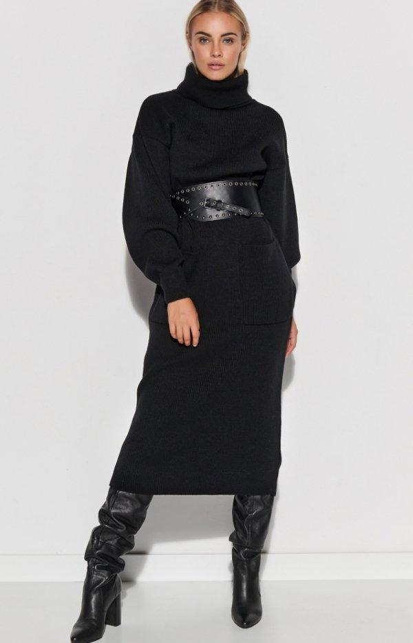 Dzianinowa długa sukienka z golfem czarna S105
