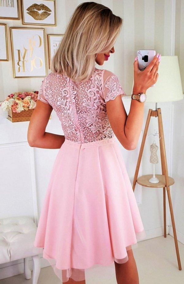 Bicotone 2180-12 sukienka rozkloszowana różowa tył