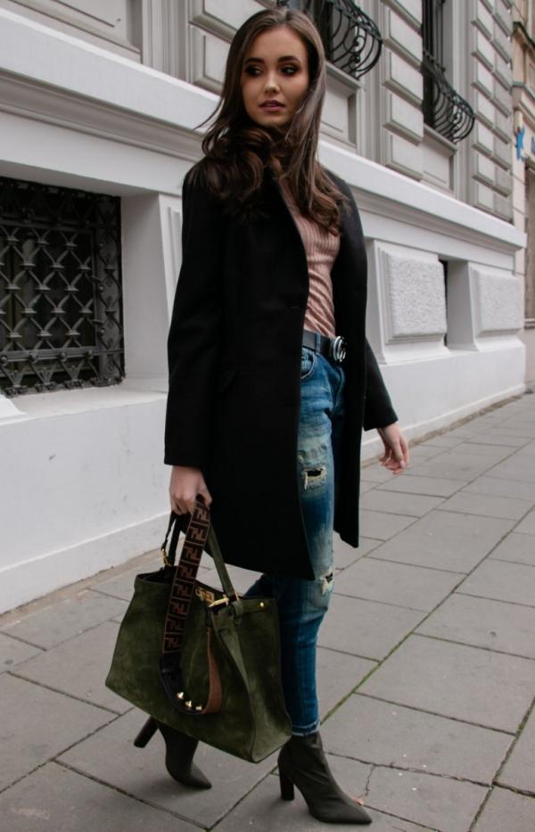 Wełniany płaszcz czarny Roco P012-1