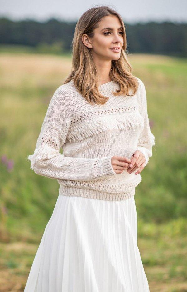 Sweter oversize z frędzlami beżowy F745