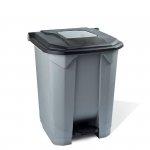Kosz na odpady czarny otwierany pedałem 30 l z tworzywa KP30-CZA