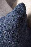 Cozy granatowa poduszka dekoracyjna 50x50