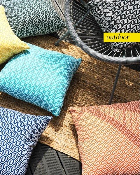 Granatowa poduszka ogrodowa San Remo 45x45
