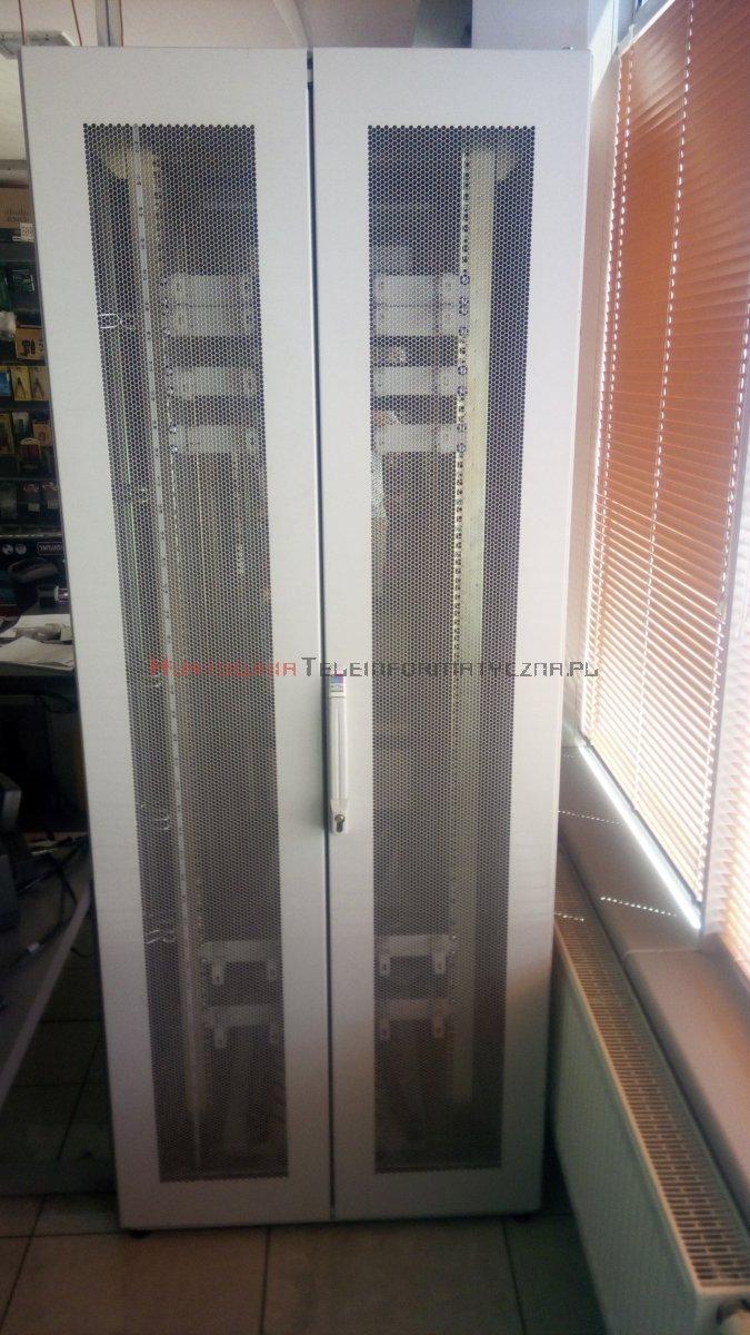 """RITTAL Szafa RACK 19"""" stojąca 42U 800x800 drzwi perforowane, szara"""