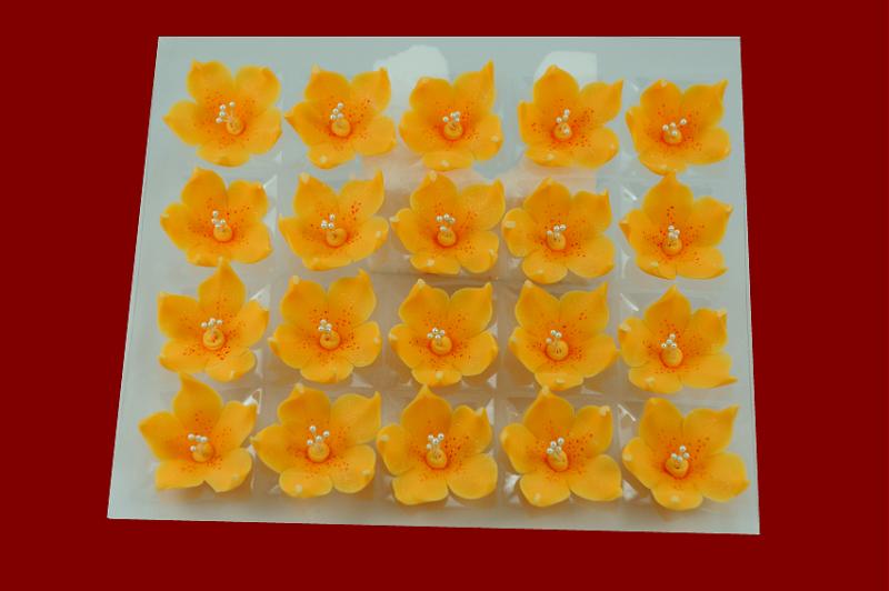 Lilijka herbaciana - dekoracja cukrowa 20 szt.
