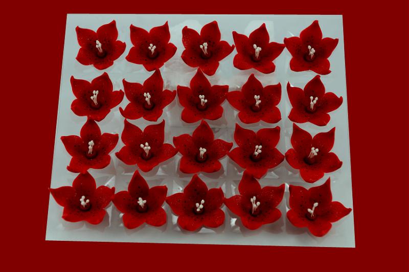 Lilijka czerwona - dekoracja cukrowa 20 szt.