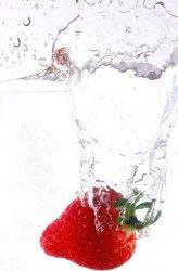 Fototapeta do kuchni - Truskawka - 115x175 cm