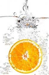 Fototapeta do kuchni - Pomarańcza w Szklance - 115x175 cm