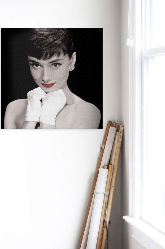 Audrey Hepburn Red Lips - obraz na płótnie