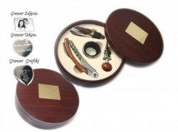 Zestaw do Wina w Drewnianym Okrągłym pudełku +GRAWER
