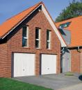 Brama uchylna N 80, 2750 x 2000, Wzór 902 z drzwiami, kolor do wyboru