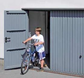 Brama uchylna N 80, 2500 x 2000, Wzór 902 z drzwiami, kolor do wyboru