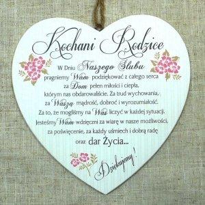 Drewniana tabliczka w kształcie serce z napisem 'Kochani Rodzice... w dniu naszego ślubu'. Wzór 28. Rozmiar 10cm